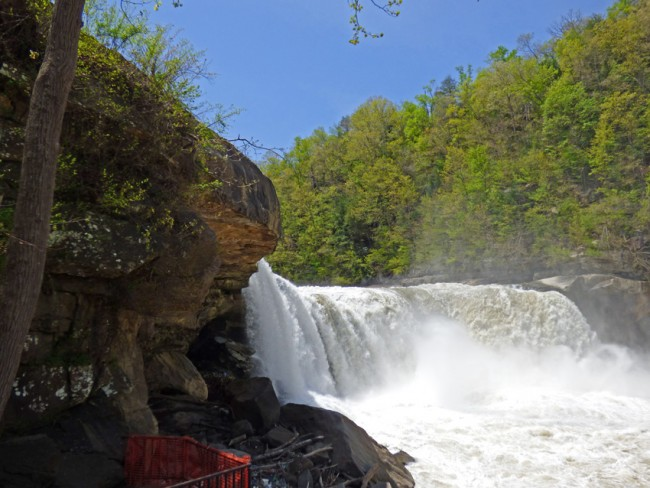 Cumberland Falls from below